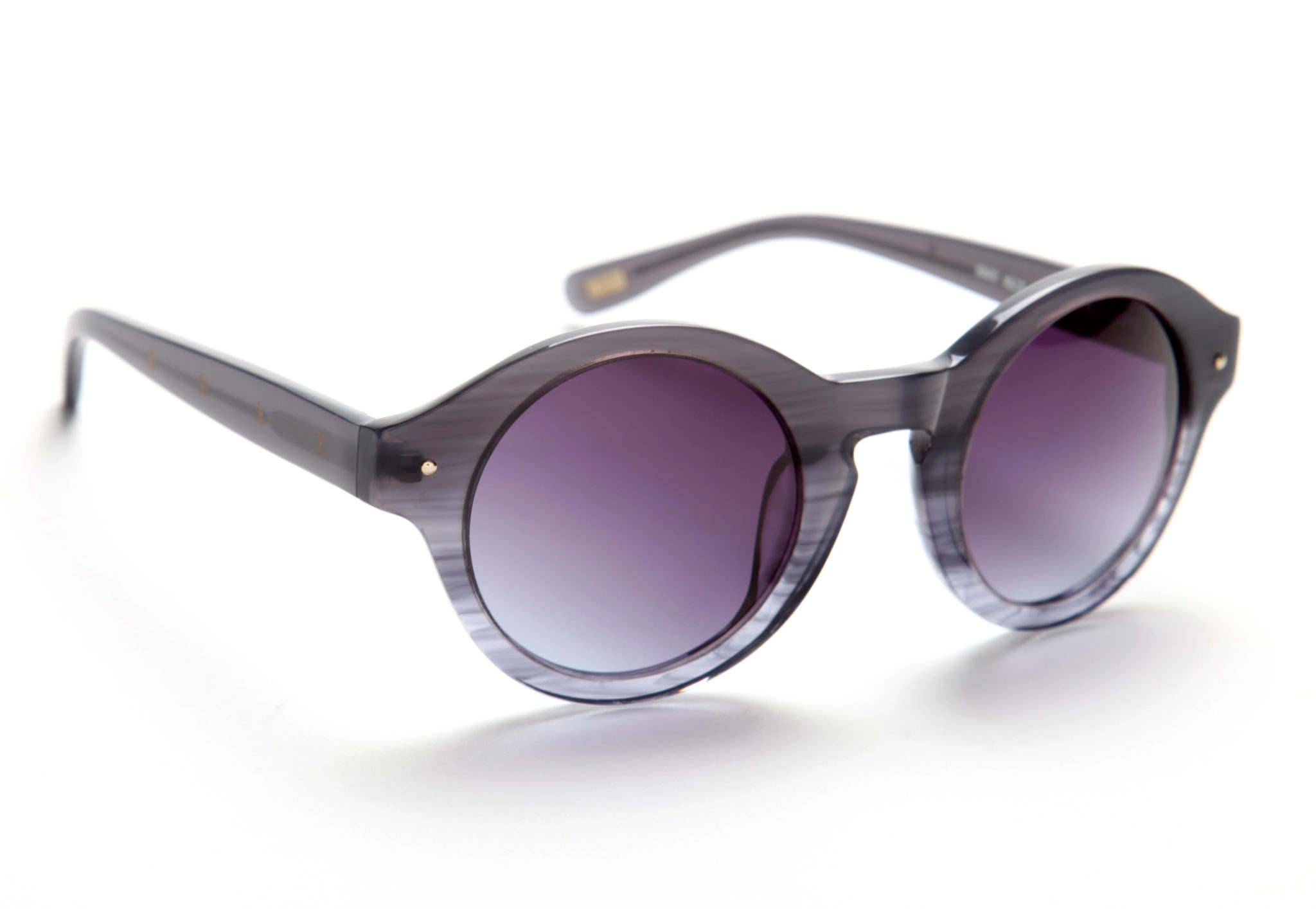 Diese Tolle Brille Winkt Als Preis. Die Versüsst Einem Garantiert Den  Sommer!
