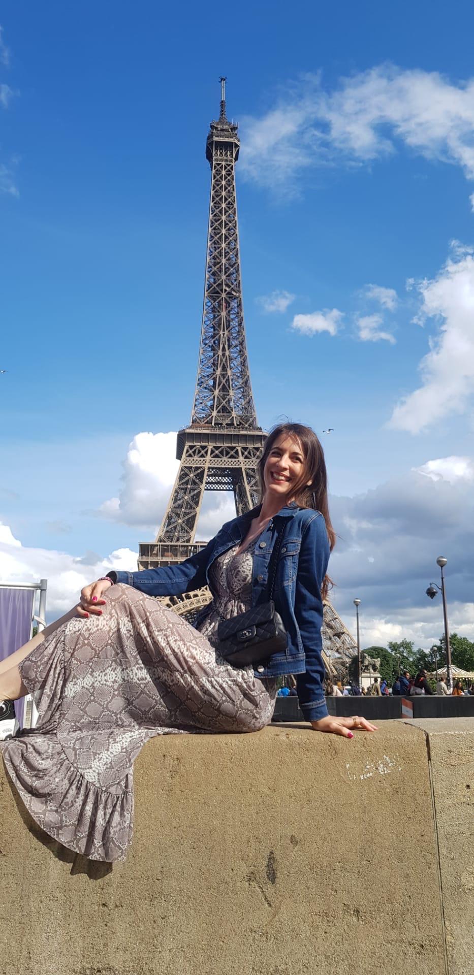 Rentyourluxury bag Coco Chanel Eiffelturm