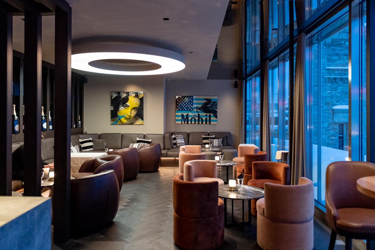 Art Boutique Hotel Monopol Skybar drinnen